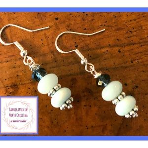 Frontrow.style Jewelry - Sterling Silver Earrings Pale Green Amazonite